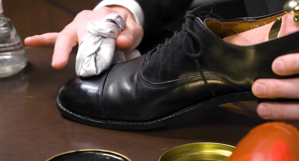 How to Mirror Shine Your Shoes with a Blowdryer - Step4