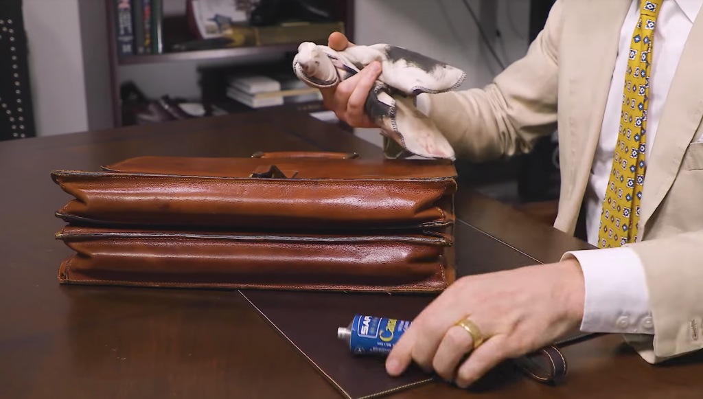 How to Condition a Leather Bag - Step 2