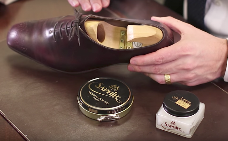 Step 2: deep condition with saphir dubbin graisse