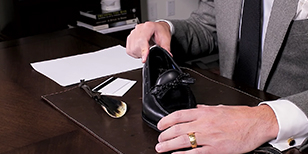 How to Put Shoes on Without a Shoehorn