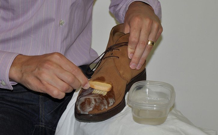 how to clean your nubuck shoes-In case of water stains